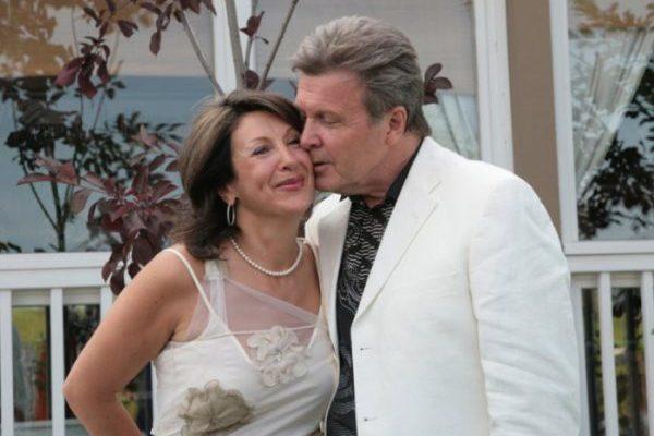 Знаменитости, которые поженились после курортного романа