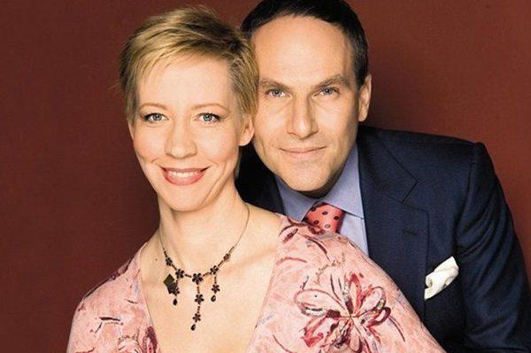 Где сейчас телеведущие Татьяна Лазарева и Михаил Шац?