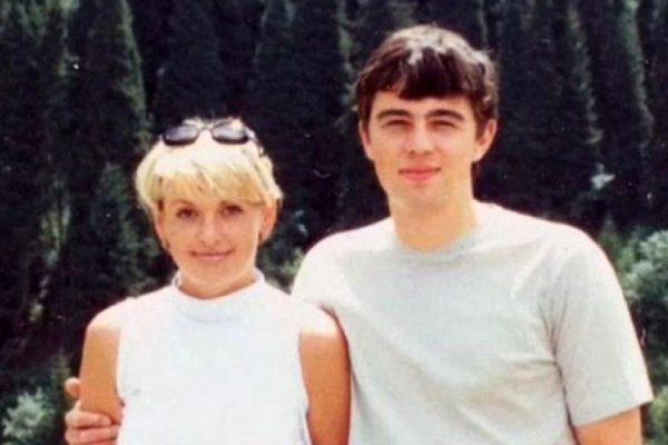 5 знаменитых жен, которые потеряли любимых мужчин