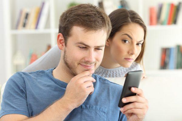 Как удержать мужчину в браке и избежать измен с его стороны?