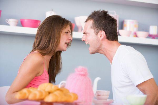 Кризис в семье в первые годы супружеской жизни. Какие причины и как избежать этого?