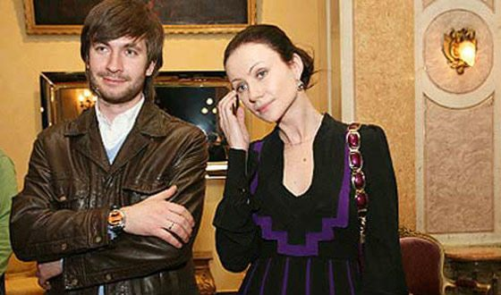 Отец ребенка 46 летней беременной Марии Мироновой ровесник ее сына