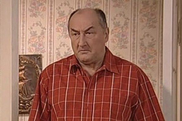 """Кто жены у актеров сериала """"Воронины""""?"""