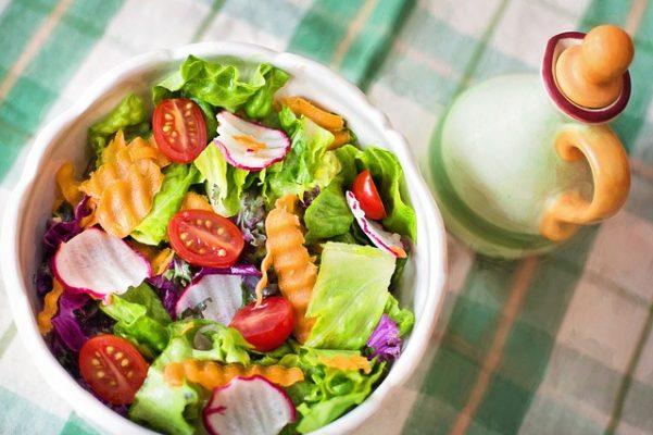 Лучшие рецепты диетических салатов для похудения