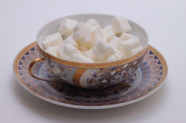 Насколько эффективна диета без сахара, похудение на отказе от сладкого и мучного