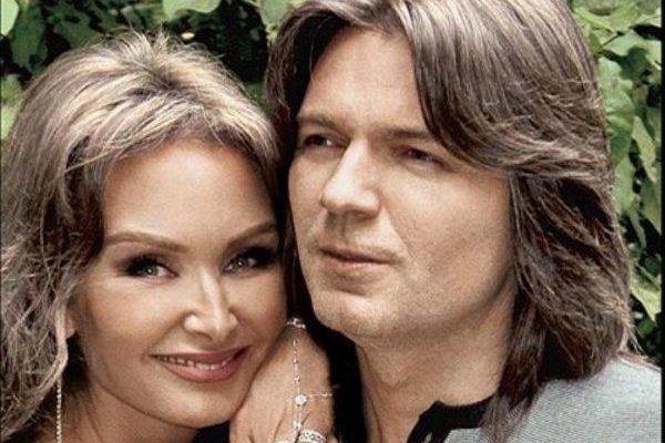 Кем была Елена Маликова до замужества с Дмитрием Маликовым?