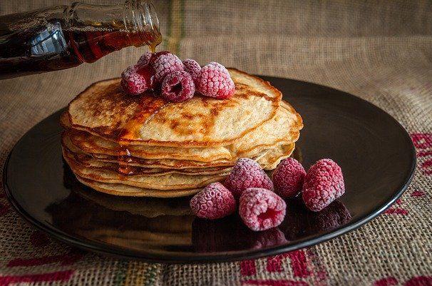 Как приготовить блины для худеющих, лучшие диетические рецепты в домашних условиях