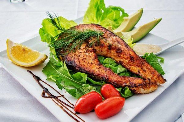 Чем хороша рыбная диета для похудения, примерное меню и отзывы похудевших