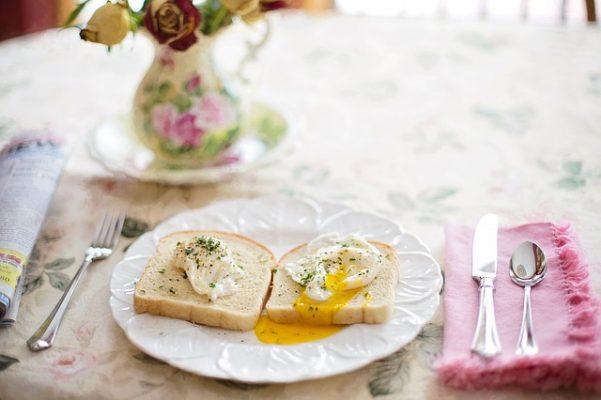 Виды и правила соблюдения диеты на яйцах и грейпфрутах, примерное меню для худеющих