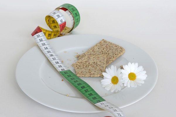 Эффективная жиросжигающая диета Монтиньяка, этапы и примерное меню на неделю