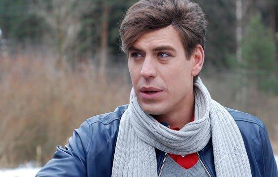 Тяжелые и счастливые моменты жизни актера Дмитрия Дюжева
