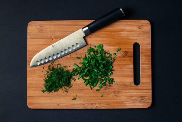 Правильная диета при себорейном дерматите на лице и коже головы у взрослых, меню на каждый день