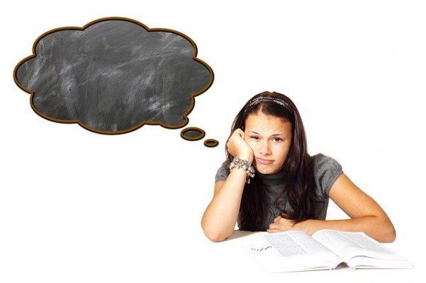 Когда нужен психолог для подростка и как выбрать грамотного специалиста?