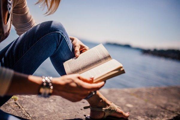 Обзор лучших книг по психологии отношений между женщиной и мужчиной