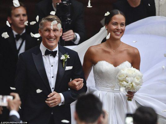 На ком женаты самые знаменитые футболисты мира?