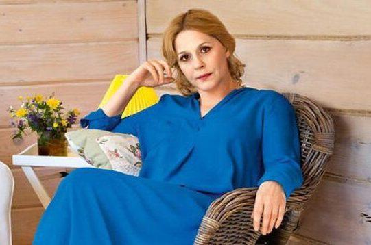 """""""Непростой муж и долгожданный сын"""". Как живет Анна Каменкова?"""